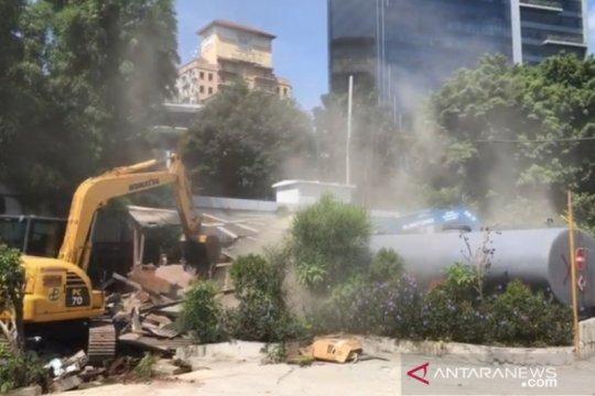 Satpol PP DKI tertibkan produsen beton langgar izin di Jaksel