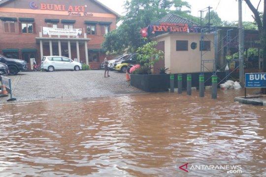 Jalan Pakansari Bogor malah jadi langganan banjir