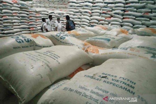 Anggota DPR: Kebijakan impor beras jangan korbankan petani