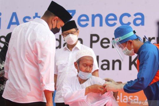 ITAGI: Vaksin AstraZeneca aman bagi orang berusia di atas 18 tahun