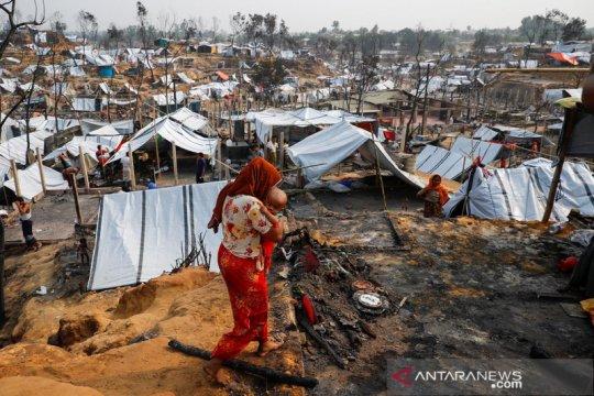 """Banjir Bangladesh, """"mimpi buruk"""" ribuan pengungsi Rohingya"""