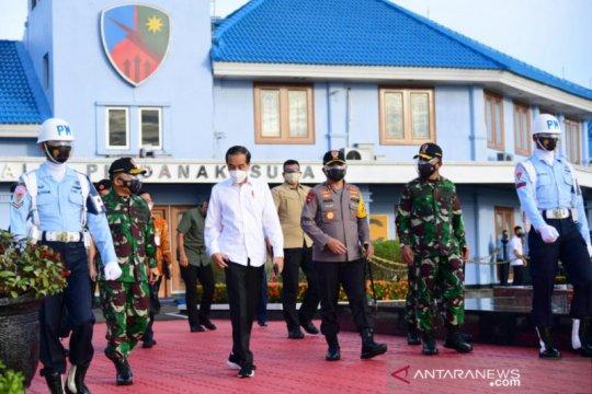 Presiden perintahkan Menhub tambah dua penerbangan ke Bandara Kuabang