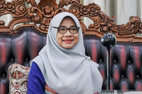 """Dekranasda kenalkan tenun khas NTB di """"Pesona Lombok Mendunia"""""""