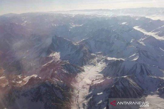 Gempa di Xinjiang China tewaskan tiga orang
