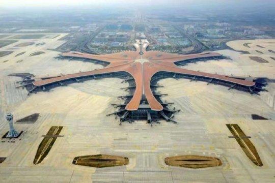 China bangun 30 bandara baru, perpanjang rel 3.000 kilometer