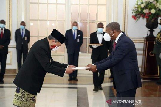 Dubes RI serahkan surat kepercayaan kepada Presiden Angola