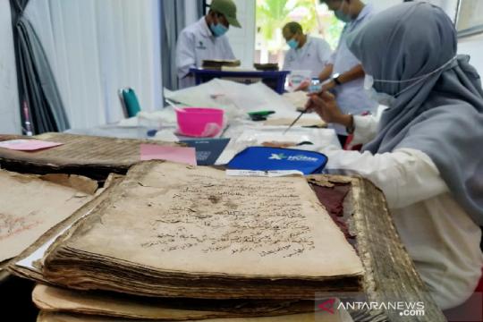 Perpustakaan nasional konservasi ratusan manuskrip Aceh