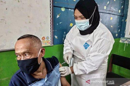 Realisasi vaksinasi lansia di Jaksel capai 32 persen
