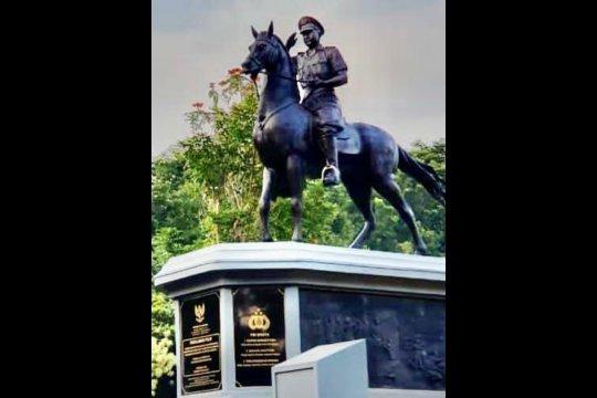 Kapolri resmikan Monumen Pahlawan Nasional Komjen Moechammad Jasin