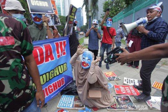 Tolak kekerasan terhadap umat muslim Uighur