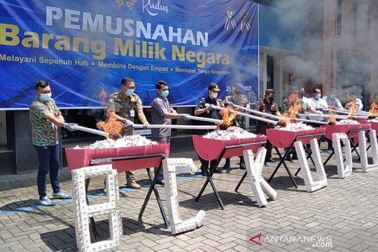 KPPBC Kudus musnahkan 14 ton rokok ilegal