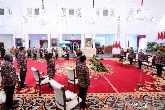 Presiden wajibkan bupati gunakan produk lokal untuk proyek pemerintah