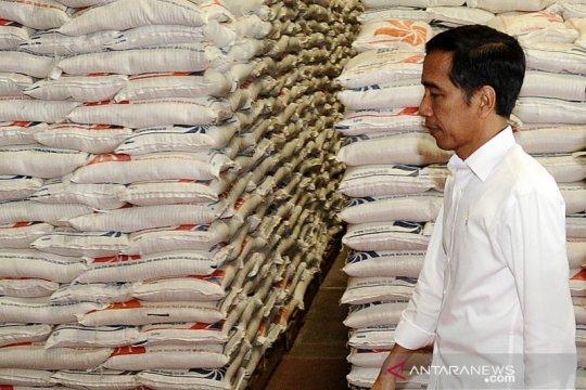 Presiden Jokowi tegaskan beras impor belum masuk