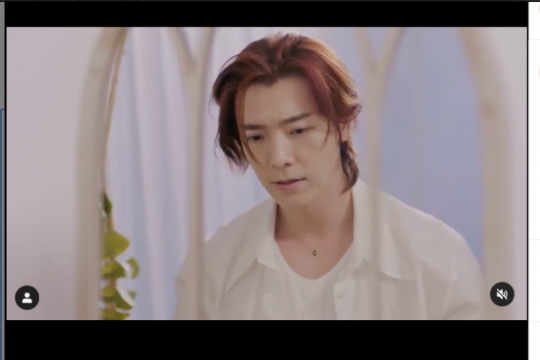 Donghae Super Junior bintangi video klip Rossa
