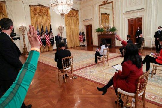 Biden rilis daftar 11 calon hakim federal