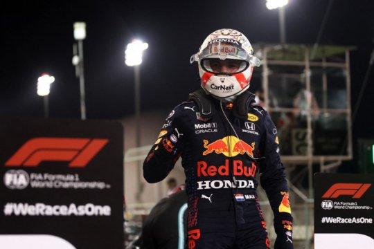 Kalahkan duet Mercedes, Verstappen klaim pole position GP Bahrain