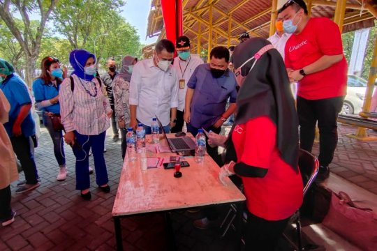 Plt Dirjen P2P minta vaksinasi COVID-19 di Surabaya untuk umum