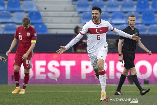 Turki permalukan Norwegia tiga gol tanpa balas