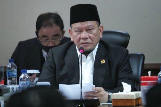 Ketua DPD RI desak pemegang ATM pegawai honorer daerah lain ditangkap