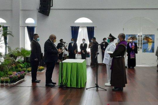 Wagub Papua lantik Anton Mote sebagai Penjabat Bupati Nabire