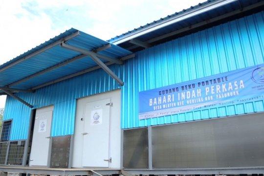 "Dukung UMKM Pasuruan, KKP serahkan ""cold storage"" 50 ton"