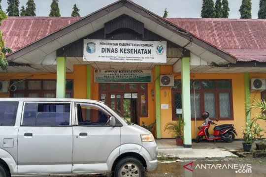 Dokter positif, Puskesmas Mukomuko-Bengkulu tetap layani masyarakat