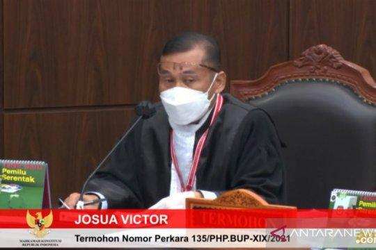KPU Sabu Raijua duga kewarganegaraan ganda Orient karena Bawaslu lalai