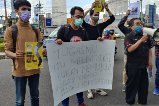 AJI Jember demo tuntut kekerasan terhadap jurnalis diusut tuntas