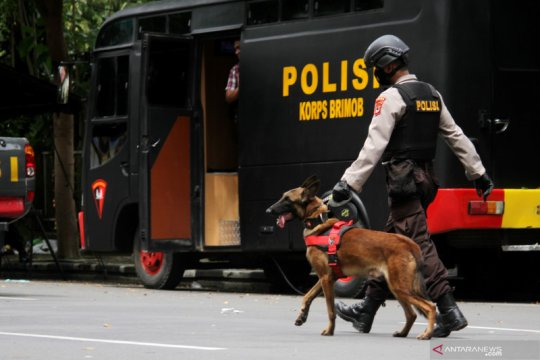 Pascaledakan bom di Makassar