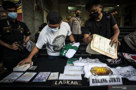 Kuasa hukum Rizieq: Temuan atribut FPI di Condet tak bisa dikaitkan