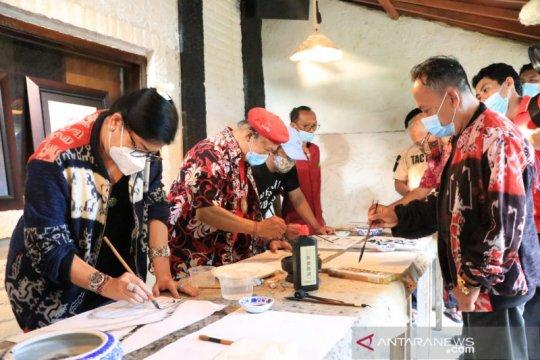 Putri Koster harapkan seniman sumbang pemikiran untuk pembangunan Bali