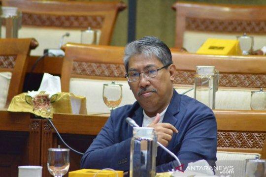 Pascakebakaran, Anggota DPR ingin keseriusan bangun kilang baru