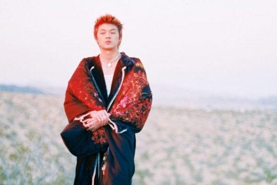 """Rapper asal Indonesia Warren Hue debut """"Omomo Punk"""" bersama 88rising"""