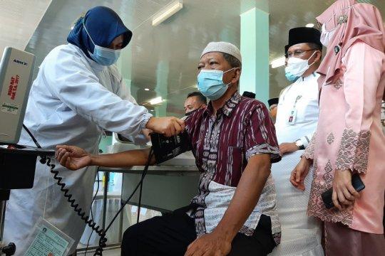 Dinkes Kepri sebut vaksinasi belum tentu hentikan penyebaran COVID-19