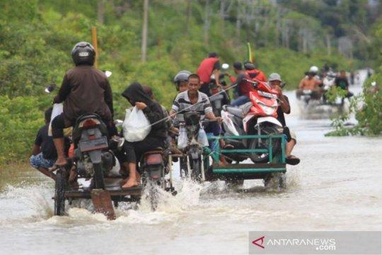 Dua desa di Aceh Barat masih terendam banjir