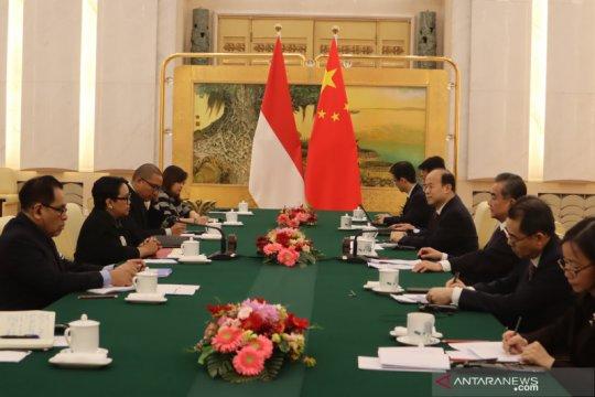 Menlu ASEAN bertemu Menlu China, Retno bersama Mendag