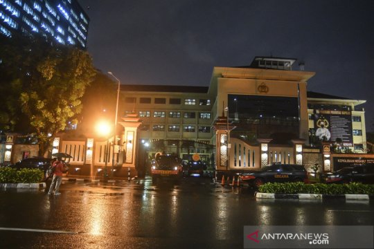 Densus 88 buru tiga DPO terduga teroris di Jakarta