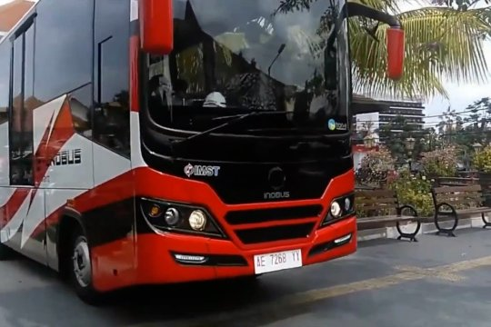 Anies berencana operasikan 100 bus listrik TransJakarta tahun ini