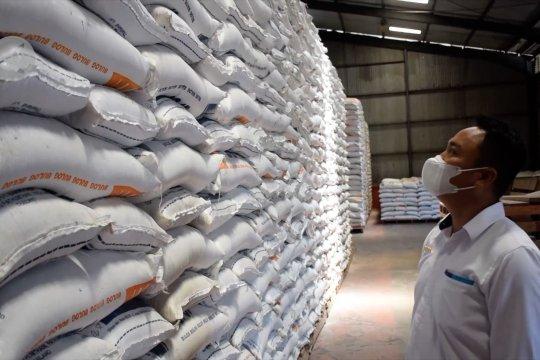 Bulog Sumbar siapkan 10 ribu ton beras hadapi Ramadhan