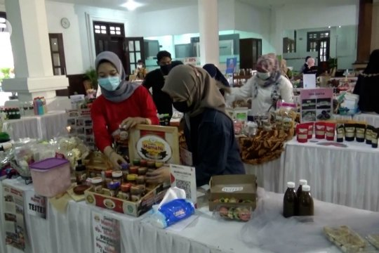 DPRD Kota Malang fasilitasi pameran pelaku UMKM