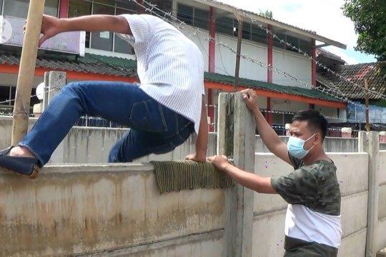 Pemkot Tangerang putuskan bongkar dinding pembatas lahan