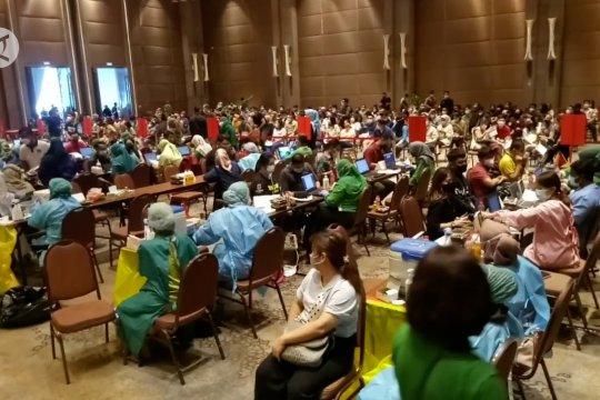 Vaksinasi pedagang di Kota Tangerang capai 90%
