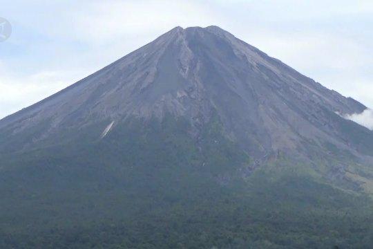 Jalur pendakian Gunung Semeru kembali dibuka April 2021