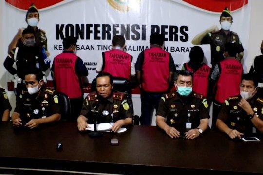 Korupsi di PTPN XIII, 5 tersangka ditahan Kejati Kalbar
