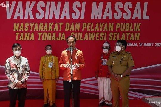 Presiden meninjau vaksinasi di Puskesmas Ge'tengan Toraja
