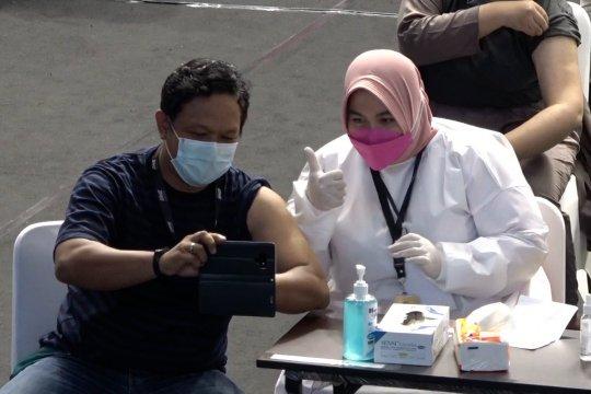 Menkominfo: vaksinasi kembali efektifkan kinerja insan pers