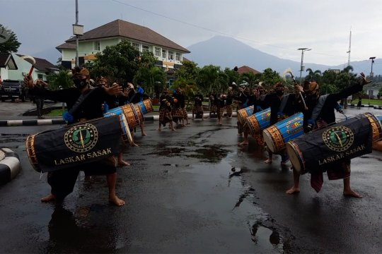Ritual adat budaya warnai Kongres XX PB PMII di Lombok
