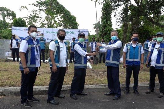 PT Jasa Marga tanam ribuan pohon sepanjang jalan tol