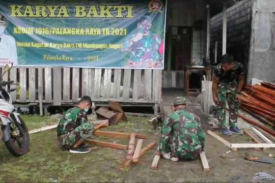 TNI-BAZNAS bangun rumah warga tak mampu