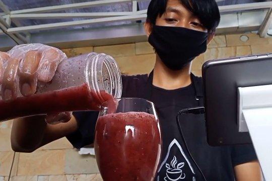 Jus hidroponik, minuman sehat bagi yang malas makan sayur
